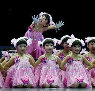 六一小荷风采儿童演出服幼儿舞蹈可爱娃娃表演服装一双小小手