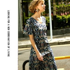 高端女裝 進口舒適面料連衣裙 V領中長款裙子2018新款