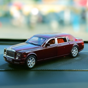 劳斯莱斯汽车模型高清图片