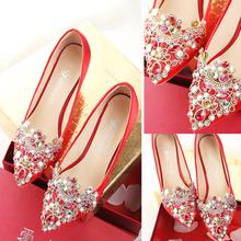 Горный хрусталь свадебная обувь женщина наконечник невеста обувь красный на высоких кабгалстук-бабочкаах в серебро сопровождать выйти замуж красные туфли подружка невесты обувной красивый зерна обувь