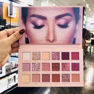正品Huda Beauty New Nude限量 2019年新款18色眼影盘沙漠玫瑰盘