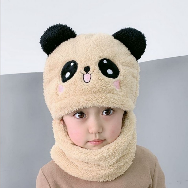 Autumn and winter childrens hat Korean version of the cartoon cute bear wool hat boys and girls warm scarf hat as a whole tide