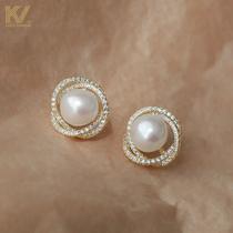 Pearl earrings in 2021 new fashion retro temperament simple high sense earrings sterling silver clip no piercings for women