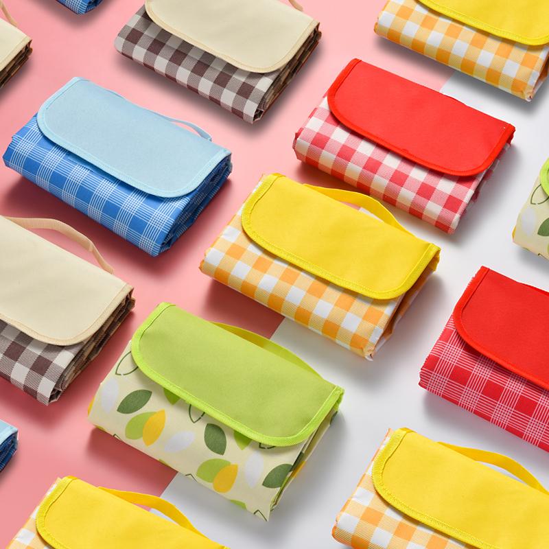 Picnic mat outdoor portable waterproof thick picnic mat lawn cloth spring tour supplies moisture-proof mats