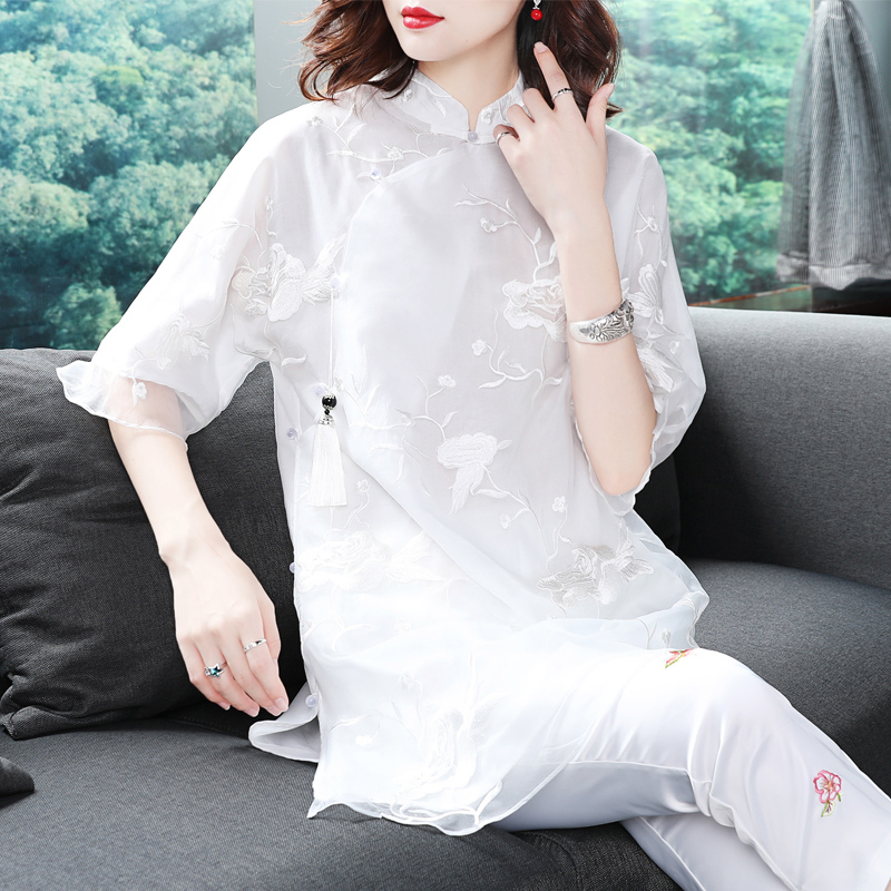 Chinese style womens 2020 spring summer new vintage modified cheongsam skirt young models white Chinese tang top