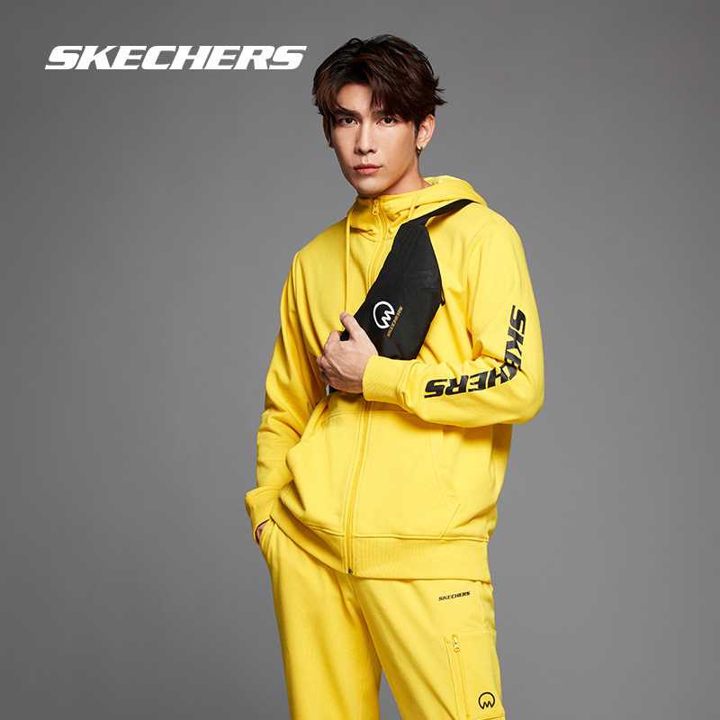 Skechers Sketch Mew co-named a simple comfortable solid color casual hooded jacket for couples