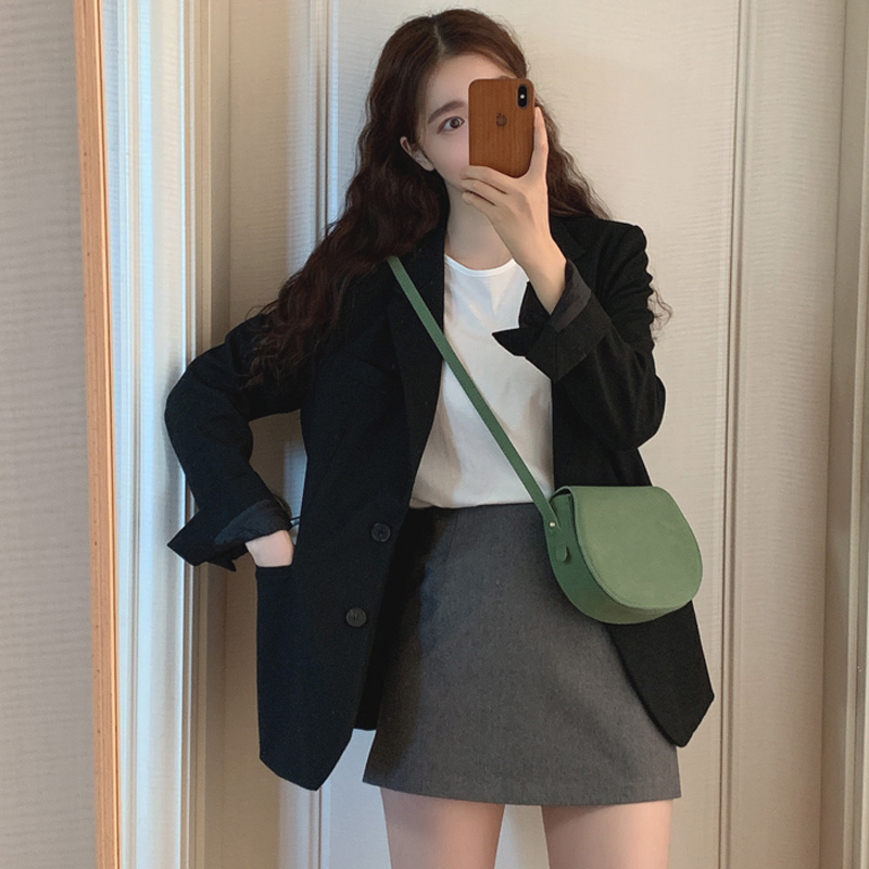 Net red and black high-end blast street small suit jacket 2021 spring and autumn new casual suit top woman