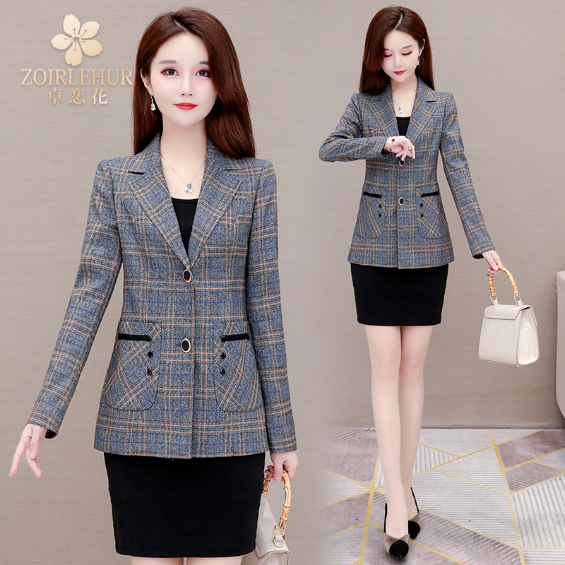 Plaid blazer womens 2021 spring and autumn new little mother foreign air this year popular thin single top