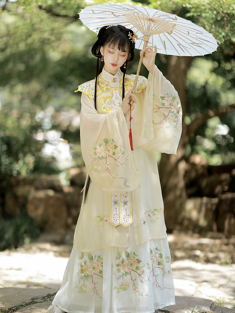 Drunk Wanting original Han clothing woman (flower butterfly) cloud shoulder clear three-piece set collar long shirt Chinese spring and summer