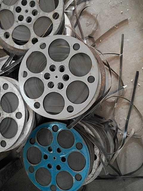16mm old movie projector film copy piece armor clip disc Retro decorative film and television props Nostalgic
