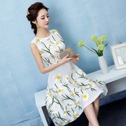 Sweet Korean embroidery dress embroidered white slim slim short dress dress bridesmaid dress years