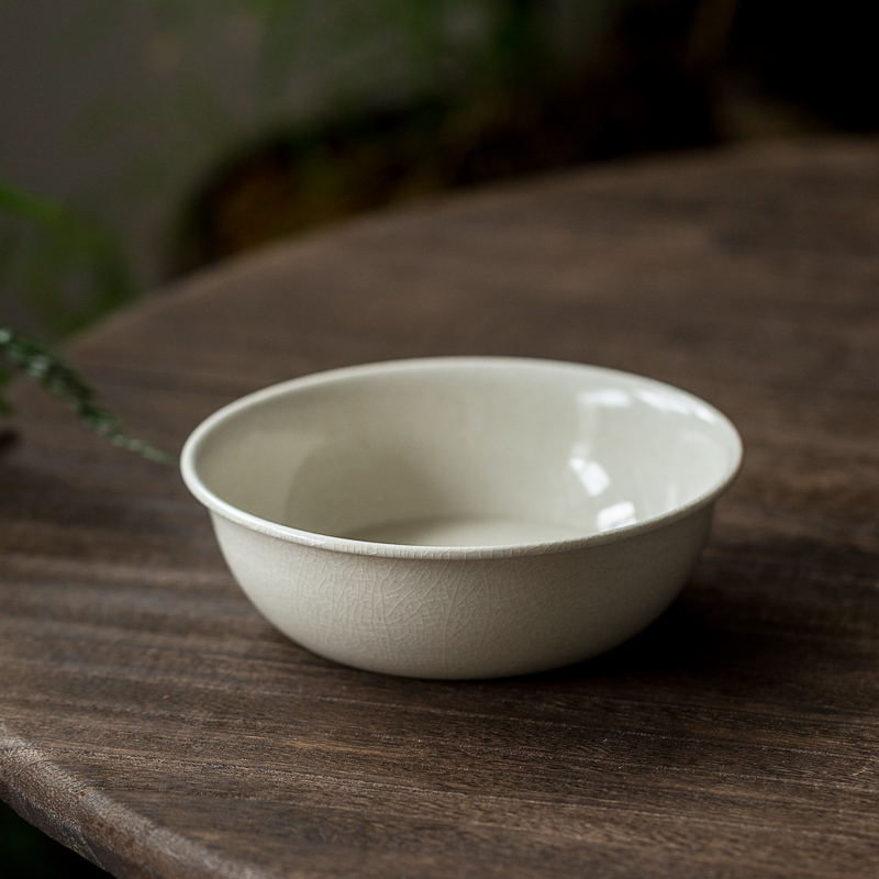 Handmade grass and wood ash pot can be raised to open a piece of 託 water storage deep bowl tea plate Jingde town kungfu tea set home
