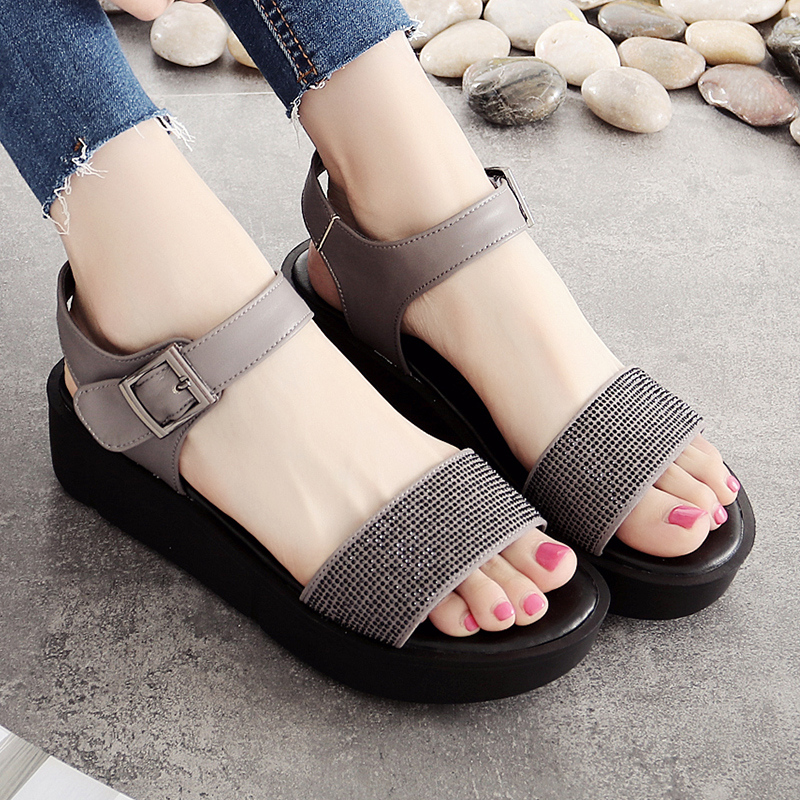 Fashion 1-word thick-soled leather Baitao muffin sandals 41-43 Autumn new flat-soled women's shoes 2019