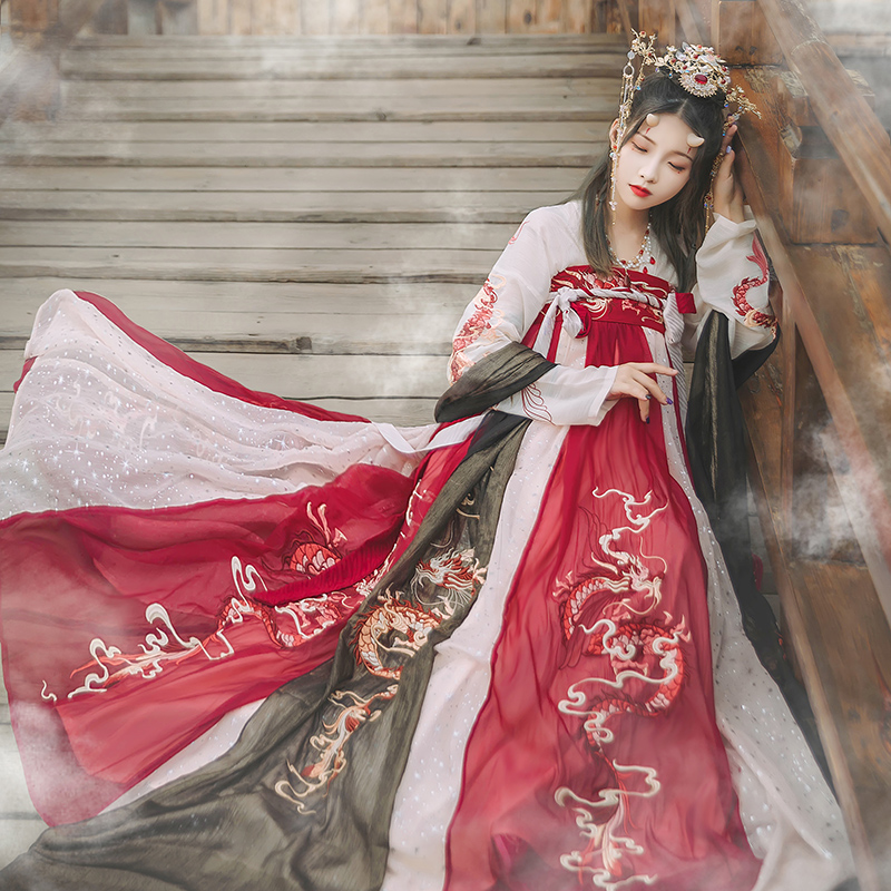 Hanshang Hualian shop Qing original modified Hanfu womens chest skirt outer layer 8 meters large swing dragon embroidery heavy embroidery