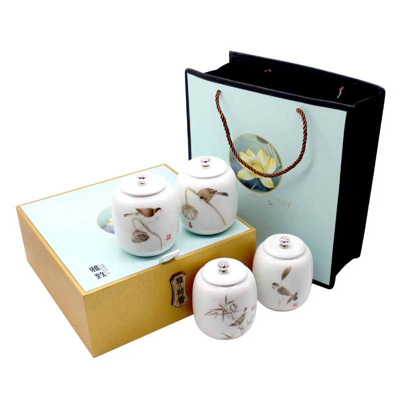 New Tea Green Tea Gift Box 2019 250 g Ceramic Packing of Biluochun Tea in Dongting Lake before New Tea Ming