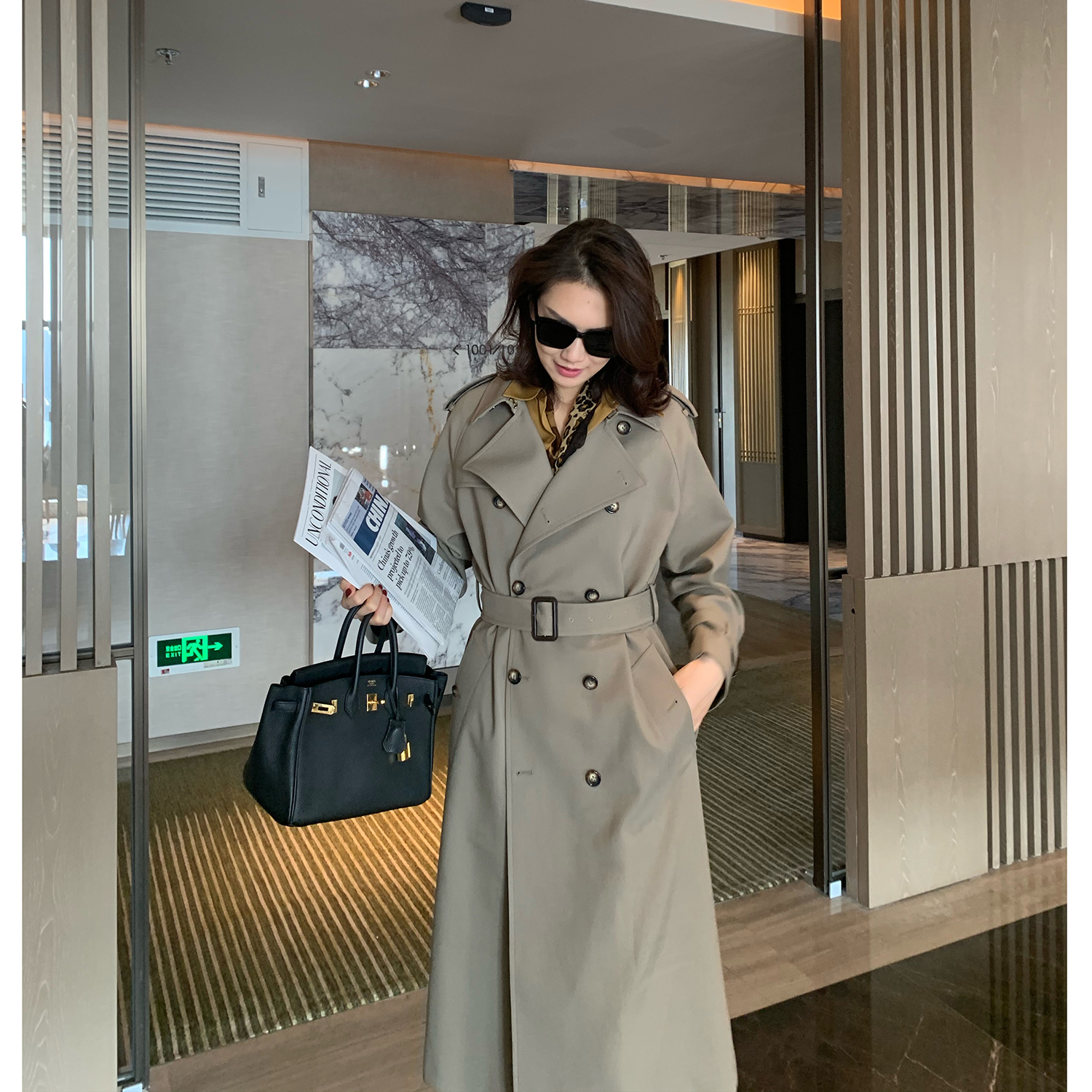 MS ancient classic OLD CE high temperature lining qualitative double-row buckle long version after the fork windcoat coat female spring and autumn