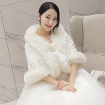 Bridal Wedding gown fur shawl sleeve coat wedding bridesmaid dress 2017 new warm thickened white winter style
