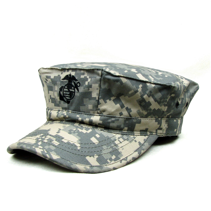 Outdoor camouflage recreation for military field trip with men's breathable octagonal cap and sunshade cap