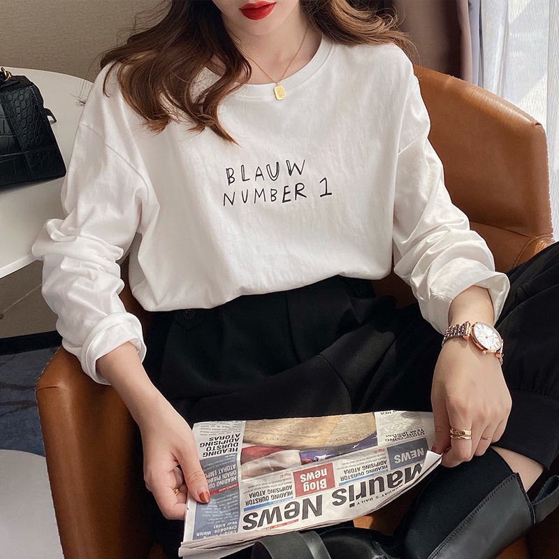 White t-shirt womens long-sleeved spring dress 2021 new bottoms with spring and autumn loose thin cotton top
