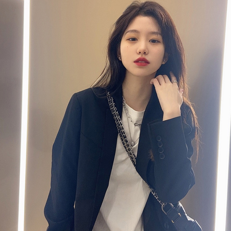 Japanese black suit jacket female spring and autumn hundred south version of the casual loose-fitting street net red explosion small suit