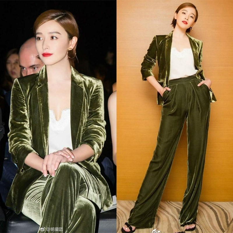 The Hong Kong stars autumn winter green gold velvet suit is stylish in a slimmed-down suit with wide-legged trousers