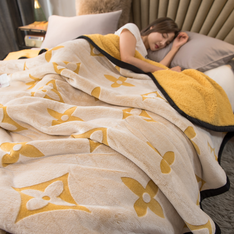 Autumn and winter lamb fluff blanket double-layered thick coral velvet blanket single double warm double velvet dormitory student blanket