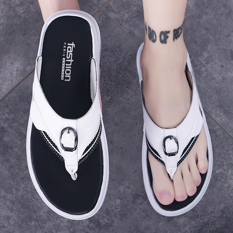 Flip flops men's summer outdoor leather sandals slip resistant wear 2020 new Korean personalized sandals men's trend