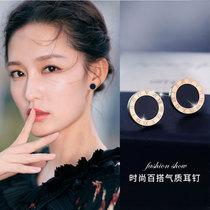 Li Qin with the same Roman numeral stud earrings womens summer niche sterling silver 2021 new fashion simple high-grade sense earrings