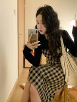 Ren Xiaoyi printemps et automne rétro pointe sens couture robe à carreaux design sens niche taille minceur robe a-line