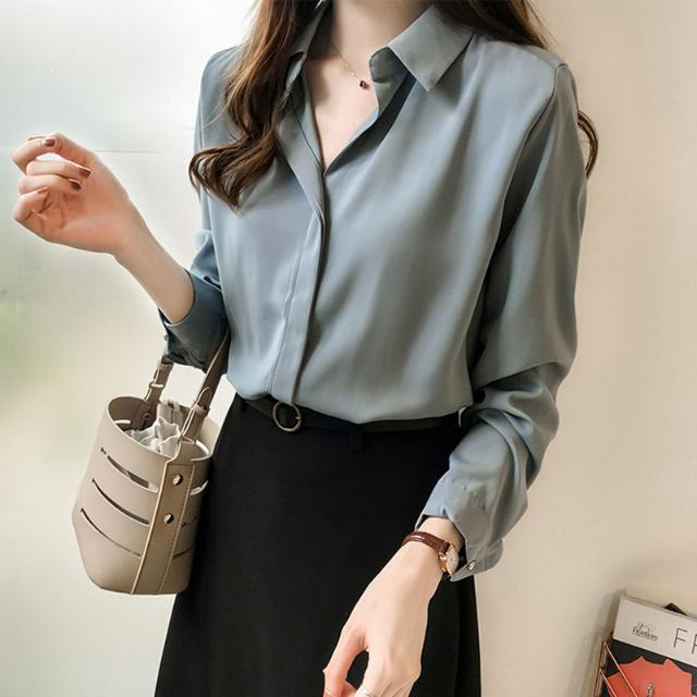 The new spring and autumn hundred chiffon shirt women Korean version of loose temperament solid color long sleeves show thin outer shirt size