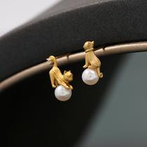 Japanese original niche designer brand 925 silver funny cute asymmetric cat pearl earrings with earrings