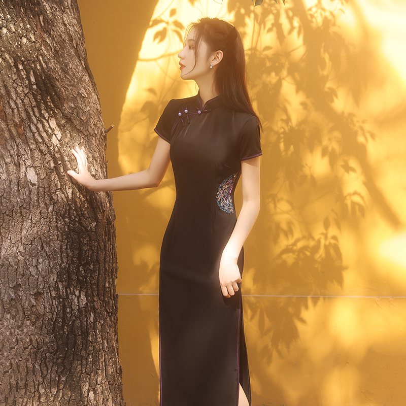 cheongsam 2021 new item female summer black high-end noble young item girl retro-modified dress long section