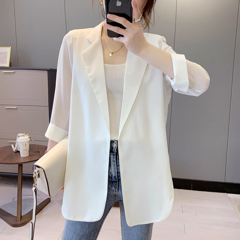 Chiffon small suit womens spring and summer white suit blouse thin drooping casual temperament design sense niche coat