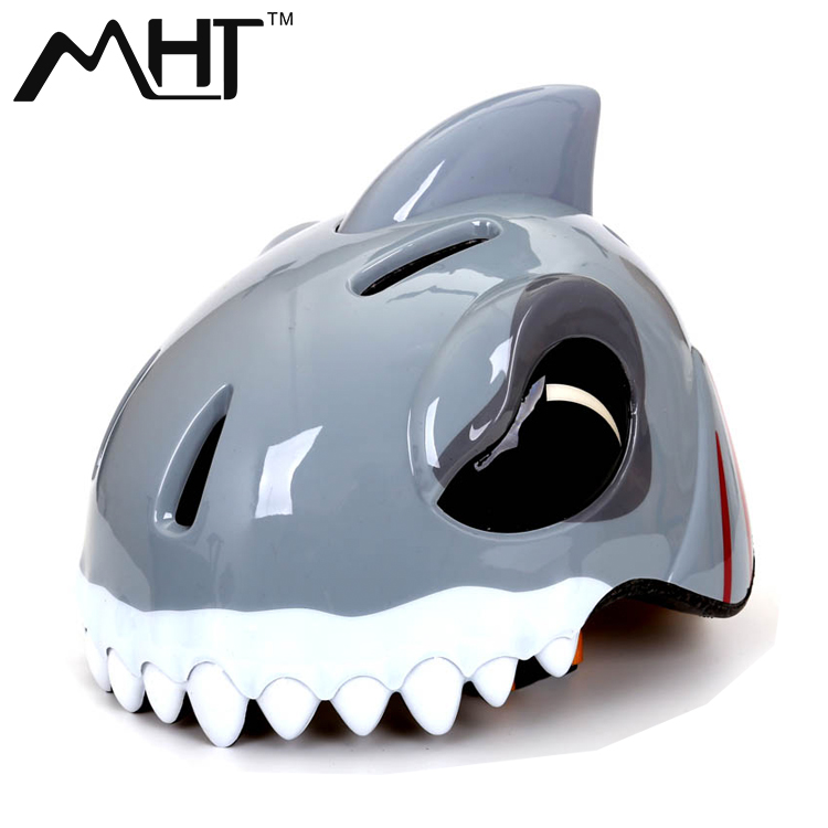 Children's cartoon shark helmet riding skating skateboarding skating bicycle safety helmet men and women safety protection cap