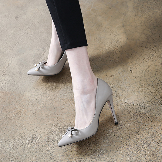 2018 Korean version of the bow single shoes small size 31 32 33 large size 40 41 42 pointed high heel fashion shoes