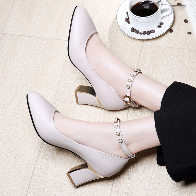 One-Word Button Single Shoe Female Spring 2019 New High-heeled Shoes with Medium-heel, Coarse-heeled, Small Leather Shoes Korean Edition Point Fashion Female Shoes