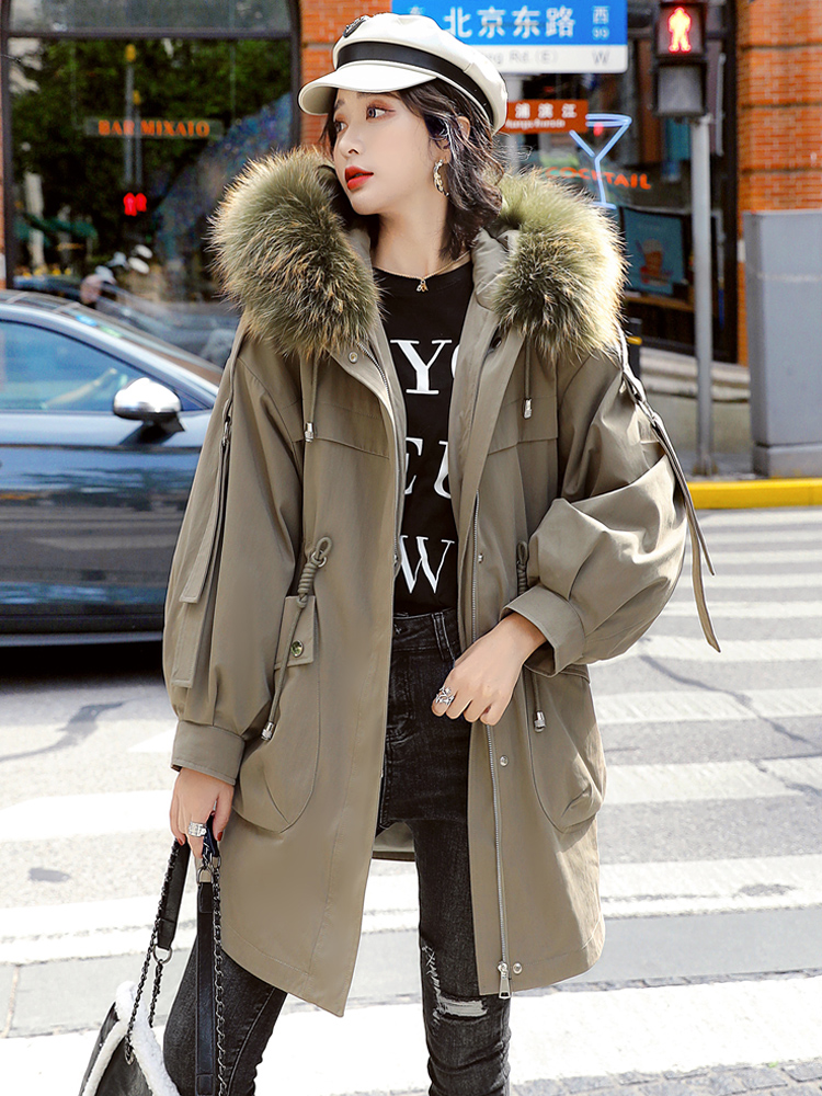 Pai overcomes the womens middle-length version of the 2020 new winter plush thick coat Korean version of loose fashion cotton wool