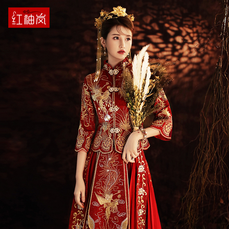 Show dress bride 2020 new Chinese wedding dress winter dragon phoenix hanging female thin wedding dress toast show