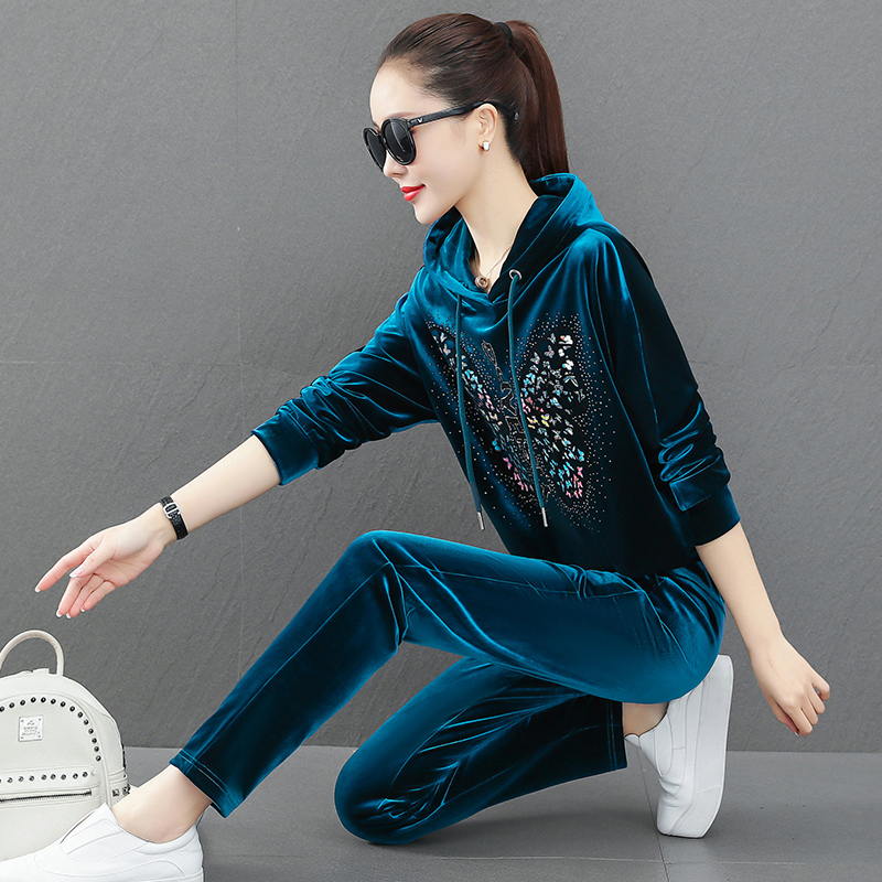Spring and autumn gold velvet suit ladies 2021 new loose-fitting fashion artisan casual sports two-piece set high-end