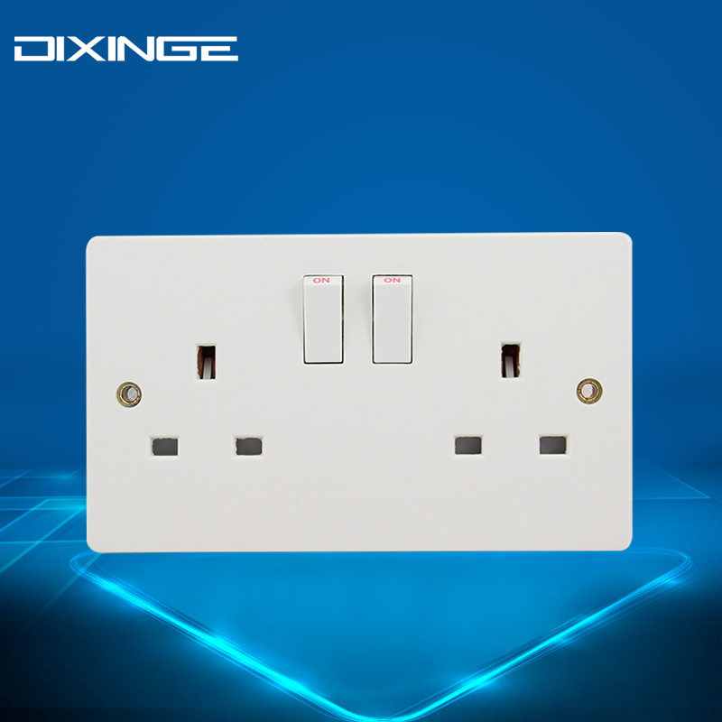 British two-digit 13A socket with switch 3x6 British standard bakelite flame retardant panel for Hong Kong dual power socket