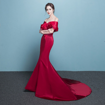 A word shoulder tail banquet noble elegance Show Thin toast suit