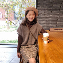 Autumn and Winter small man sweater with skirt two sets of sweet retro style vest skirt fashion suit female tide
