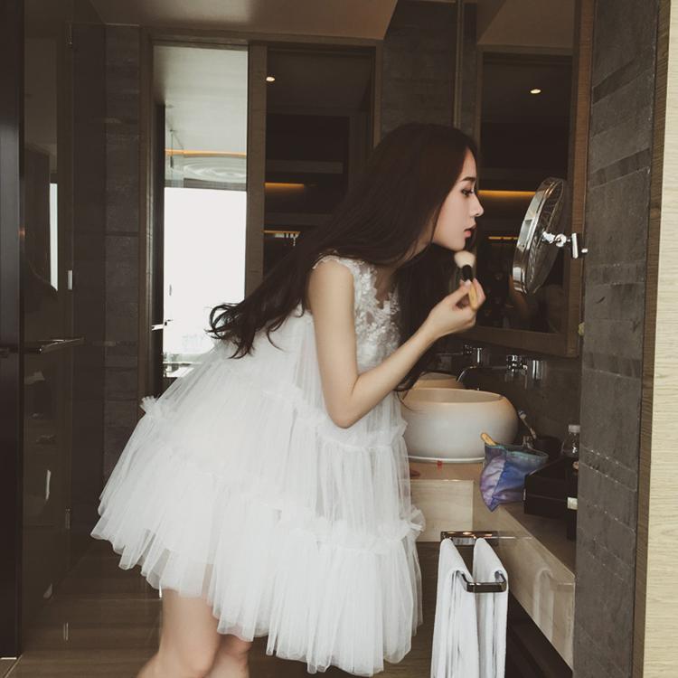 Spring Summer 2021 New lace mesh pontoon sleeveless vest skirt small fresh fairy skirt super fairy white dress