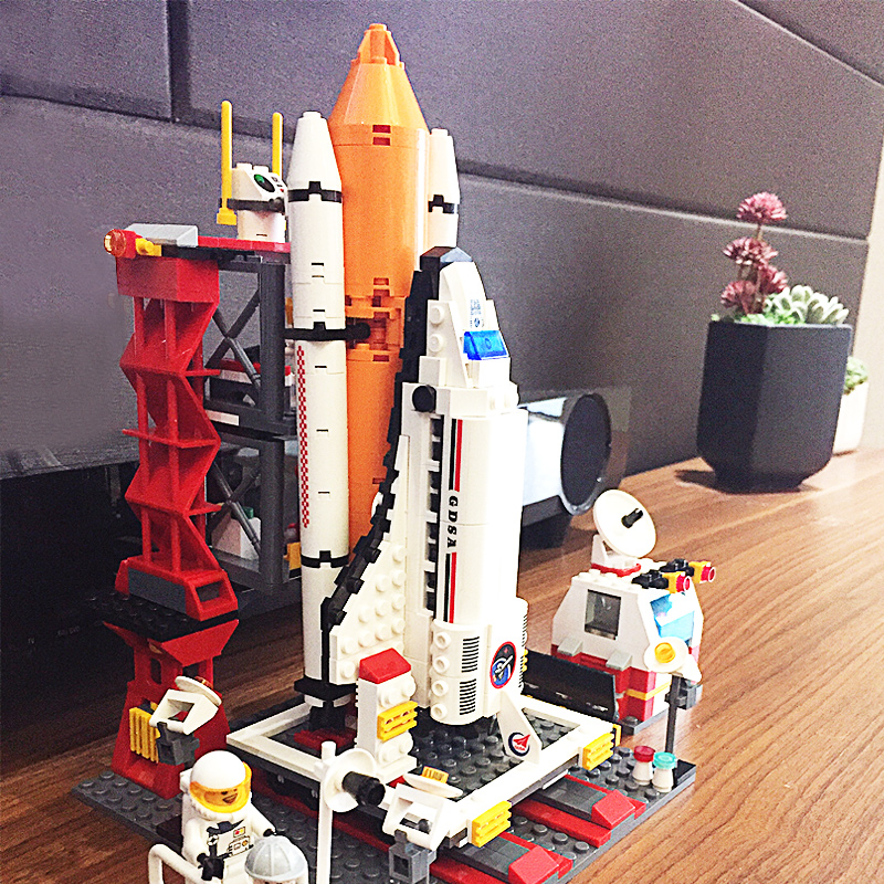 Space Shuttle Rocket Model Assembly Toy Lego Building Block Gift for Children 6-8-10 Years Old