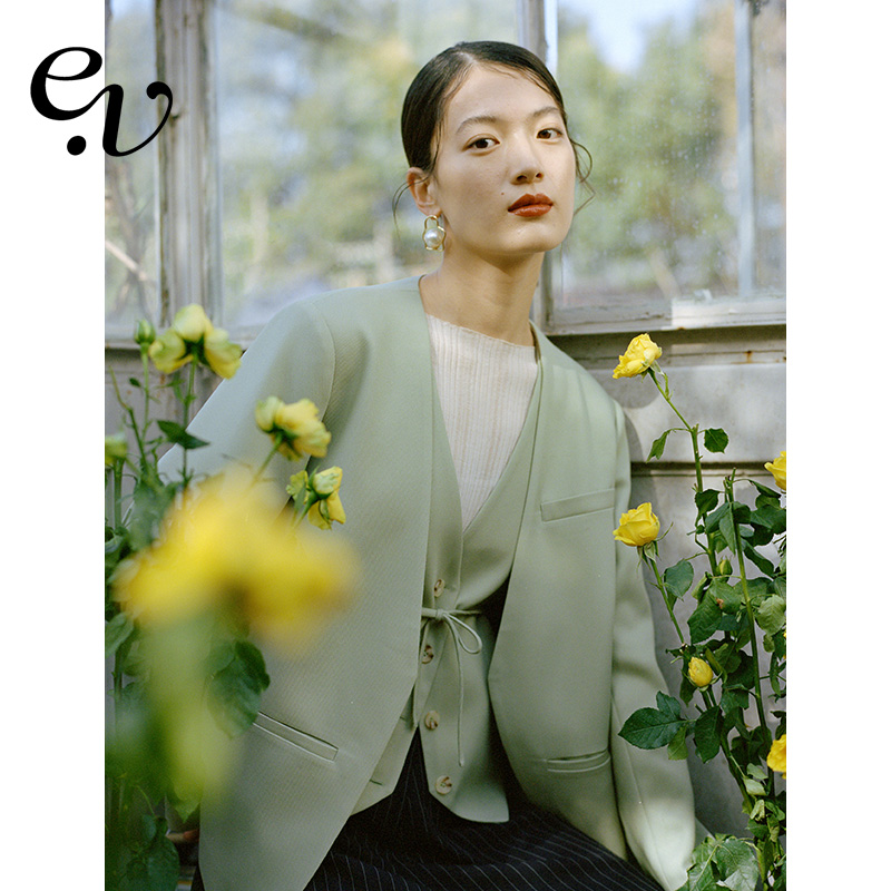 Even Vintage ) soft and refreshing spring suit jacket womens spring and autumn small design set