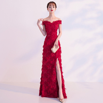Bride toast 2018 new autumn and winter red dignified atmosphere long paragraph word shoulder wedding engagement dress female