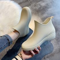 Японская мода дождь обувь женские короткие сапоги дождь тепло плюс бархат воды обувь низкая верхняя вода сапоги противоскользящие автомойка купить кухня обувь