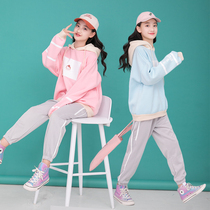 Girls net red suit foreign gas 2020 new spring sports suit sweater pants 15 years old girl Big children clothes
