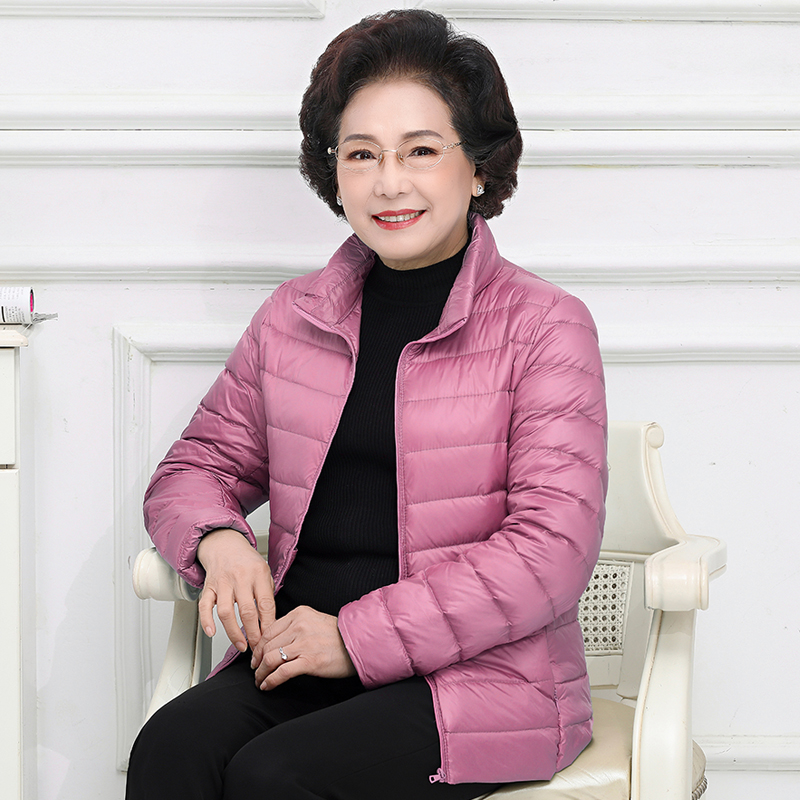 2020 new womens light down jacket middle-aged and elderly mother installed warm loose-fitting short hooded plus size jacket