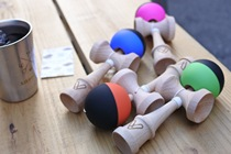 Professional Hong Kong Friday 2018 new V Jian Jade Kendama Sword Ball Japanese competition